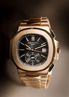 Patek Philippe Nautilus find that perfect wrist watch here today! Fossil Watches, Fine Watches, Cool Watches, Rolex Watches, Tag Heuer Monaco, Patek Philippe Nautilus, Patek Philippe Aquanaut, Hand Watch, Luxury Watches For Men