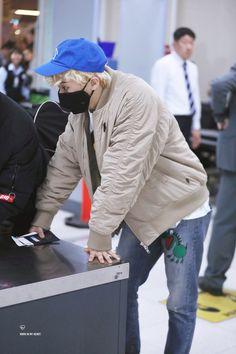 NCT Mark Lee Min Hyung Nct 127 Members, Nct Dream Members, Boys Who, Bad Boys, Watermelon Man, Lee Min Hyung, Park Ji Sung, Jisung Nct, Mark Nct