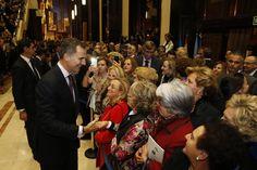 """Su Majestad el Rey atendió a todos aquellos ciudadanos que quisieron saludarle Auditorio Palacio de Congresos """"Príncipe Felipe"""". Oviedo, 22.10.2015"""