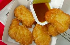 Looking for a kids' menu that serves up more than chicken nuggets, look here for some Real Food Recipes, Chicken Recipes, Homemade Chicken Nuggets, Good Food, Yummy Food, Kids Menu, Appetisers, Cooking Time, Food Hacks