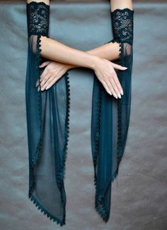Elegant GOTHIC VAMPIRE costume Victorian Evening gloves Glamour long GLOVES with mistic floune, frill, black tulle, fingerless mittens - Dark Couture - Kurti Sleeves Design, Sleeves Designs For Dresses, Sleeve Designs, Blouse Designs, Gothic Vampire Costume, Vampire Costumes, Stylish Dresses, Fashion Dresses, Costume Venitien