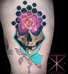 Crazy cool thigh piece by Chris Rigoni
