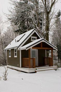 Mark Terrano's Tiny House; check out the interior :)