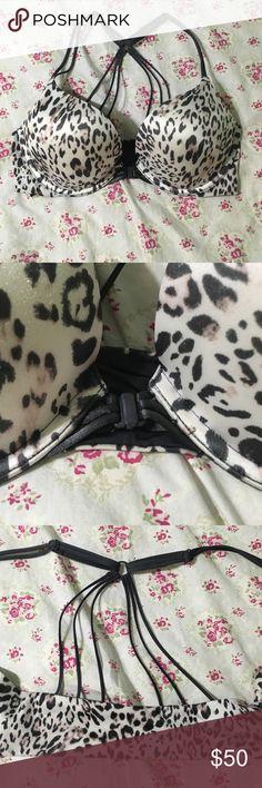 VS bombshell bra size 32c Like new bombshell bra from vs front close strappy back Victoria's Secret Intimates & Sleepwear Bras