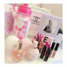 perfume and lotion organization Ari Perfume, Ariana Merch, Ariana Grande Fragrance, Sweet Like Candy, Ariana Grande Fotos, Just Girly Things, Everything Pink, Smell Good, Makeup Cosmetics