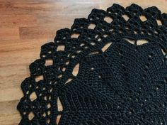 Round crocheted rug 142cm 55'9 handmade black rug