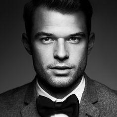 Amir Kaljikovic Photography | Headshots Headshot Photography, Fashion Photography, Headshot Fotografie, Posing Guide, Models, Photoshoot, Style Inspiration, Portrait, Fashion Trends