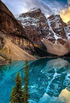 Moraine Lake in Alberta -