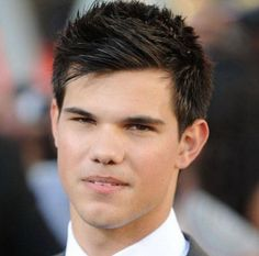 Taylor Lautner's Stylish Short Mens Hairstyles for Coarse Hair 2014 with Accent on Front