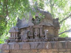 A lesser known 10th century Chola period granite temple in #Kanchipuram  #IndianColumbus  http://indiancolumbus.blogspot.com/2010/05/9th-century-granite-stone-temple.html