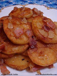 Gebakken aardappelen (fried potatoes from the Netherlands)