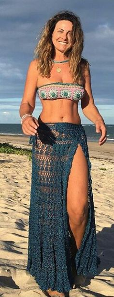 Weird Side Of The Internet Cringe Worthy Photos) Crochet Skirts, Crochet Clothes, Crochet Woman, Diy Crochet, Crochet Hooks, Crochet Lingerie, Crochet Bikini Top, Crochet Fashion, Boho Fashion