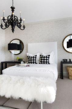Perfekt Weiße Möbel Und Wände: Textilien Bringen Farbtupfer | Pinterest | Creme Und  Gold, Wohnwelt Und Kissen Machen