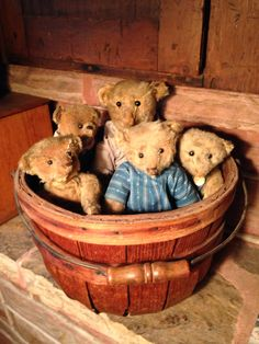 A collection of Steiff bears