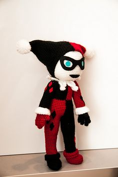 Harley Quinn pattern by Anna Carax - free pattern on Ravelry