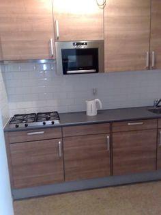 Apartment Groningen Aweg Schilders  en Zeeheldenwijk, € 850,- Rent per month (inclusive)