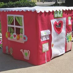 I love this!!! Card Table Playhouses fit over a standard size card table, but can be folded up and put away when not in use. {woo-hoo!}