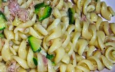 OGGI: Primo piatto svelto alle zucchine e tonno