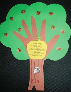 Reinforce counting to 10 with this sweet keepsake craft. The apples are fingerprints dipped in...