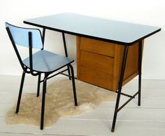 VG389 - 60s desk and chair