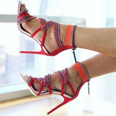 Gwen Stefani Multiple Ropes Strap Sandals