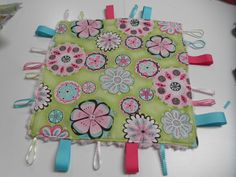 Sew Divertimento: Baby Taggie Blanket ~ Tutorial
