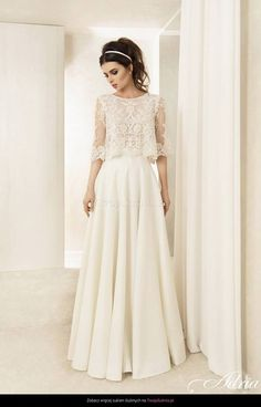Wow, what a magical dress. The top . Wow, what a magical dress. The top … – Modest Wedding Dresses, Boho Wedding Dress, Bridal Dresses, Wedding Gowns, Flower Girl Dresses, Wedding Dress Separates, Lace Wedding, Two Piece Wedding Dress, Bridal Separates