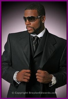 sean combs by martin schoeller black white shirt collar