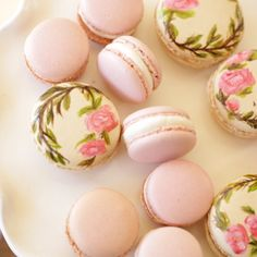 How to Make French Macarons With Painted Designs