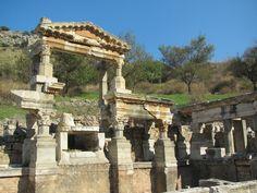 img_0640.jpg (1024×768)  Fountain of Trajan