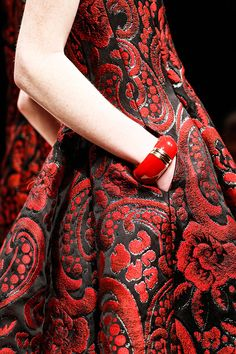 Russian traditional style. Russian style in fashion. Red. Jacquard Heritage :: Ireland Meets Russia ::  Jacquard Fabric #Fashion #Trends for Fall Winter 2013 | Moschino Fall Winter 2013 #MFW