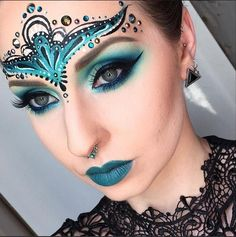 maquillaje-de-fantasia-para-carnaval-2016-ideas-maquillaje-de-corona-de-princesa.jpg (555×558)