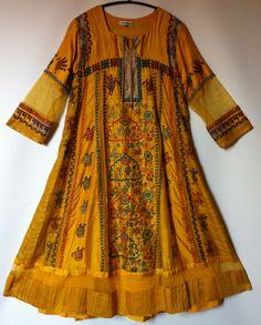 Monapali, Indian Fashion Fashion, Wills. 2013. Handembroidered on silk. www.samarkand.dk