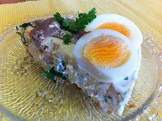 Liian hyvää: Muna-anjoviskakku hapankorppupohjalla Eggs, Breakfast, Food, Morning Coffee, Meal, Egg, Essen, Hoods, Meals