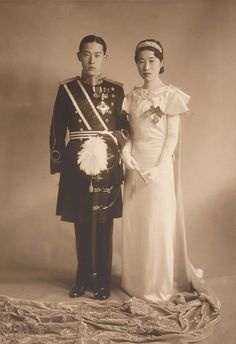 Wedding Album of Prince Yi Wu and Park Chanju, Korea Old Pictures, Old Photos, Vintage Photos, Vintage Photographs, Korean Traditional Clothes, Traditional Outfits, Time In Korea, Korean Photo, Pictures Of Prince