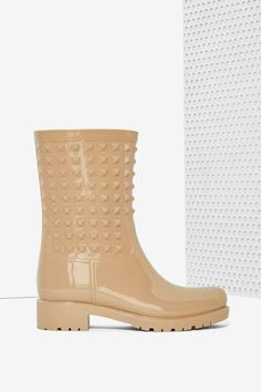 Camden Studded Rain Boot | Shop Shoes at Nasty Gal!