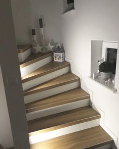 Staircase makeover renovation in 60 years corridor. – Miss Emmama Staircase makeover renovation in 60 years corridor. – Miss Emmama Interior Stairs, Family House, Home, Staircase Design, Staircase, Home Deco, Appartment Decor, Staircase Makeover, Renovations
