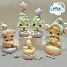 Holiday Fun, Christmas Diy, Clay Figurine, Sugar Craft, Pasta Flexible, Polymer Clay Crafts, Cute Cakes, Cold Porcelain, Clay Projects