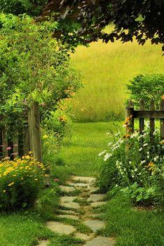 Easy Garden Design Ideas You Can Do Yourself 51 Affordable Backyard Garden Landscaping Ideas aacmm. Amazing Gardens, Beautiful Gardens, Small Backyard Landscaping, Landscaping Ideas, Acreage Landscaping, Backyard Ideas, Mailbox Landscaping, Natural Landscaping, Backyard Garden Landscape