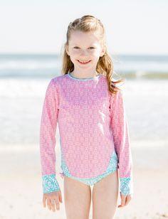 Andréia Costa · roupa com proteção uv · Cabana Life Girls Coral Lattice  Rashguard Set 50+ UV Protection Proteção Solar 7cd3a96f318