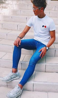 Tight Jeans Men, Boys Jeans, Jeans Fit, Jeans Pants, Slim Pants, Latex Men, Mens Boots Fashion, How To Look Skinnier, Tights Outfit