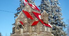 Extreme Birdhouses (mk) like the red roof, white windows with brown grey house Bird Cages, Bird Feeders, Birdhouse Designs, Unique Birdhouses, Birdhouse Ideas, Bird Houses Diy, Houses Houses, Red Roof, Garden Accessories