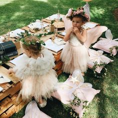 Are you looking for fairy birthday party inspiration? LENZO brings you an enchan… Are you looking for fairy birthday party inspiration? LENZO brings you an enchanted kids birthday brimming with fairy party favours and fairy party activities 13th Birthday Parties, Fairy Birthday Party, Garden Birthday, Birthday Party Outfits, Birthday Ideas, Outdoor Birthday, Fairy Party Favors, Fairy Tea Parties, Girls Tea Party