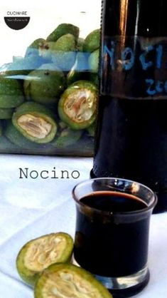 Nocino ricetta - #NOCINO #originale #Ricetta Limoncello, Pickles, Cucumber, Cocktails, Sangria, Favorite Recipes, Homemade, Tapas, Vegetables