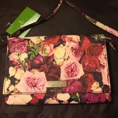 ✨NEW✨ Kate Spade  floral shoulder/ cross body bag Authentic mini Kate Spade. Flap magnet closure. Fully lined in Kate Spade fabric and has a inside pocket. Price tag still on it and care book. kate spade Bags Crossbody Bags