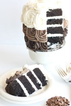 Best Gluten Free Chocolate Cake recipe (vegan)- Gorgeous dairy free roses adorn this decadent chocolate cake. Food allergy friendly- egg free soy free nut free #EatFreely #ad