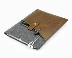 Felt & leather laptop sleeve Macbook 13 Air case Macbook by LOIOL