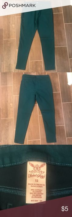 Teal skinny jeans These springy teal skinny jeans are super soft! Can be dressed up or down. In great condition as they've only been worn a couple times. Faded Glory Jeans Skinny