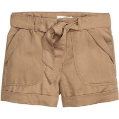 H&M Cargo shorts in lyocell ($31) ❤ liked on Polyvore featuring shorts, beige, beige shorts, h&m shorts, tie belt, h&m and cargo shorts