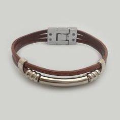 #Pulsera de #cuero #colifata bolitubo Diy Jewelry, Jewelery, Handmade Jewelry, Jewelry Making, Jewelry Ideas, Blue Moonstone, Crochet Bracelet, Tribal Necklace, Girls Necklaces